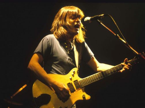 malcolm-young-1-gty-jt-171118_4x3_992